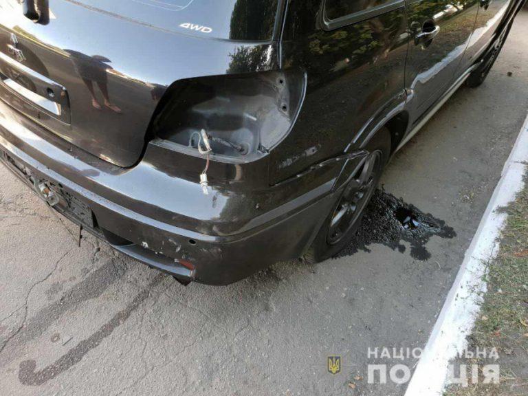 Пробув за кермом лише 30 секунд: На Дніпропетровщині підірвали авто начальника відділу поліції
