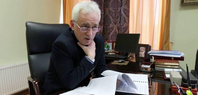 """Очільник Чернівецької митниці, якому Зеленський радив звільнитись, зробив """"неочікуваний поворот"""""""