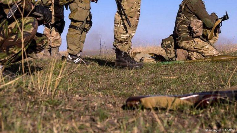 На Донбасі з кулемета розстріляли українського військового: що про нього відомо