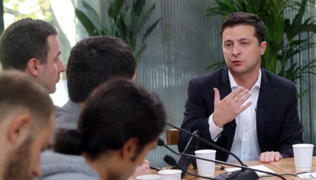 Зеленський планує давати етнічним українцям часткове громадянство