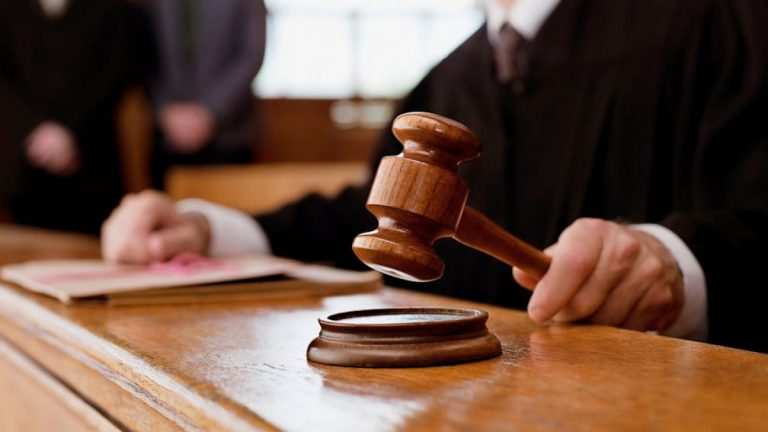 """Не склала іспит: суддю Львова звільнили з посади через """"не освідченість"""""""