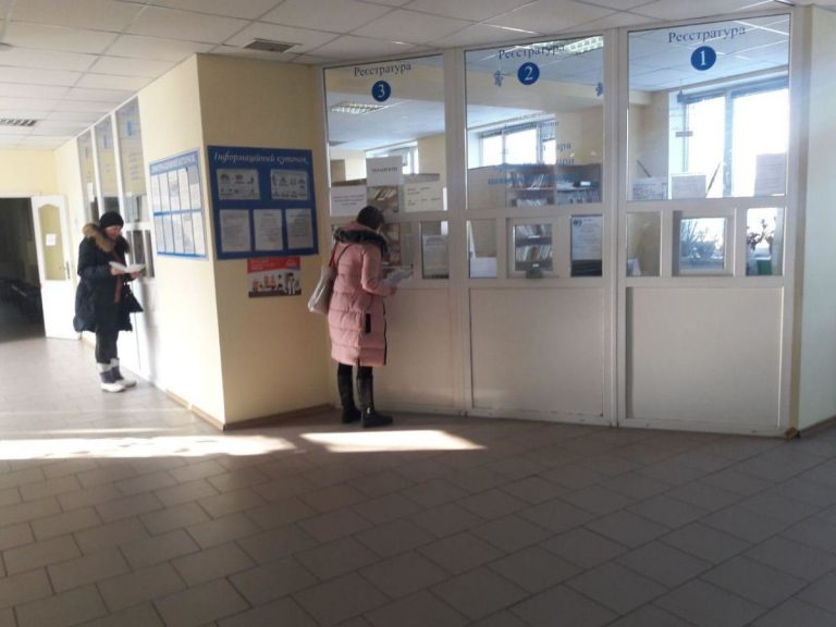 """""""Ми всіх лікарів повісимо!"""": У Тернополі розгорівся скандал з медиками. Колеги жінки обурені"""