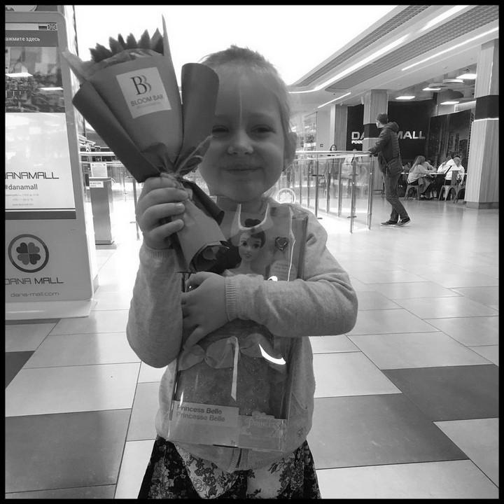 """""""Маленький ангел вирушив на небеса"""": Від страшної хвороби померла 4-річна дочка відомого спортсмена. Пекельний біль"""