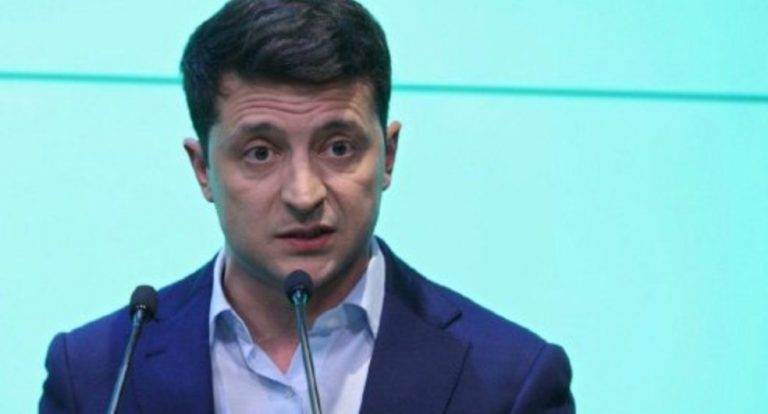 """""""Засуджений за згвалтування неповнолітньої"""": У Зеленського відреагували на """"компромат"""" проти """"слуги""""."""