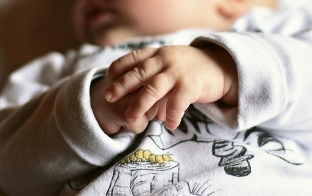 Українка в Польщі яка викинула новонароджену дитину на смітник отримала покарання