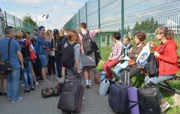 У 2020 році в Польщу поїде менше заробітчан