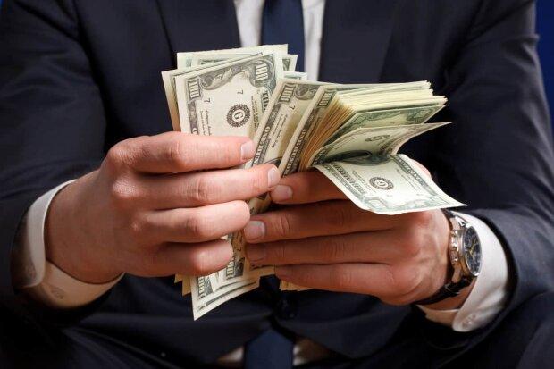 Після нормадського формату! Курс валют на 10 грудня приголомшив українців