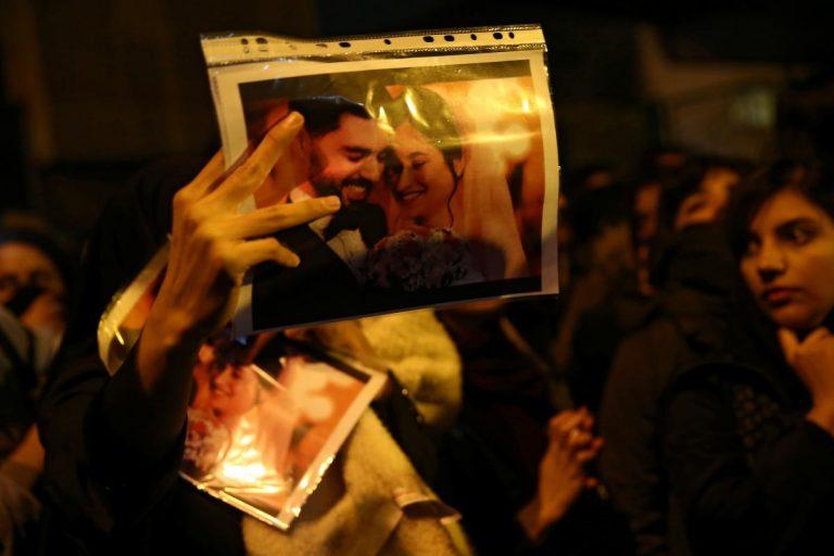 В Ірані вийшли на масштабні протести та вимагають покарати винних у катастрофі літака МАУ (відео)