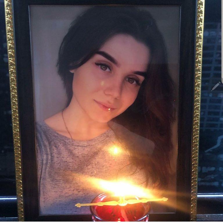 Ховали напередодні Різдва: трагічна загибель юної красуні вразила українців
