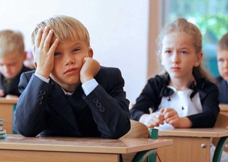 Навчальний рік в Україні змінять через карантин: що чекає на школи (ВІДЕО)