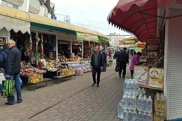 В Україні дозволили роботу продуктових ринків під час карантину