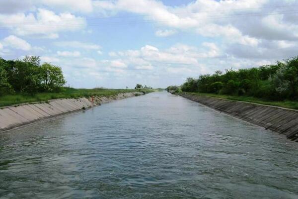 У Зеленського остаточно вирішили, чи відновлять водопостачання Криму