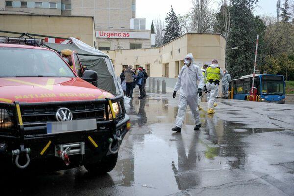 Майже 850 за добу: коронавірус в Іспанії вбив рекордну кількість людей