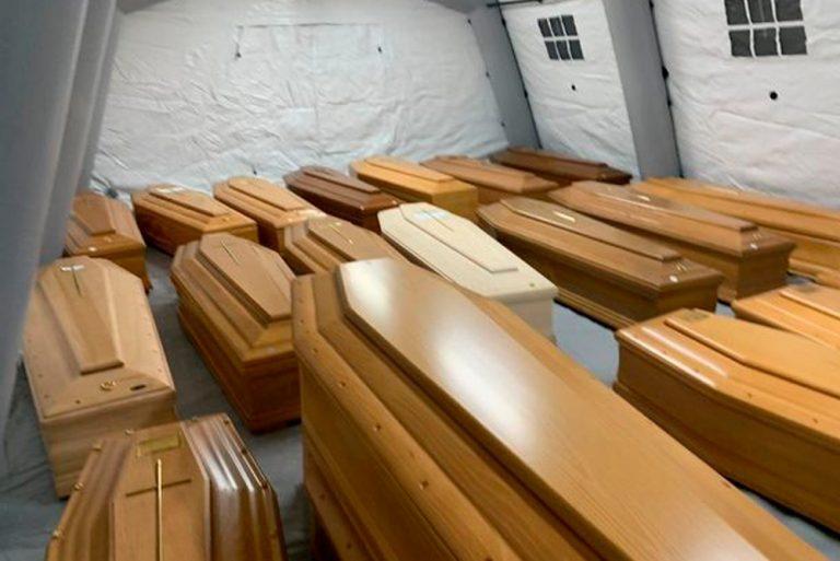 """""""Я помру, так?"""": італійська медсестра розкрила моторошну правду. Життя забирає не тільки Коронавірус"""