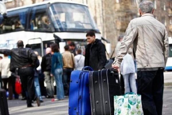 На заробітки до Європи: розповіли, чи зможуть українці поїхати цьогоріч на сезонні роботи