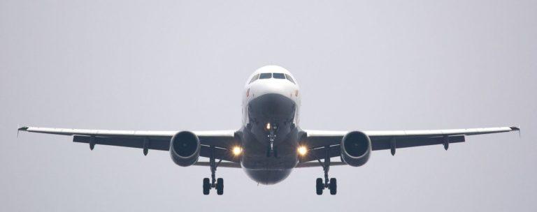 Українцям додадуть авіаційний збір – як зміниться ціна квитків на перельоти