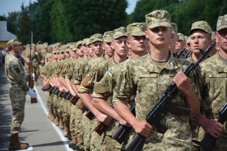 Йти в армію не обов'язково: у Генштабі розповіли важливі деталі призову в Україні