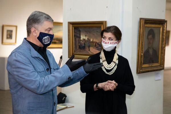 Порошенко попередив про наступ на все українське і патріотичне в країні