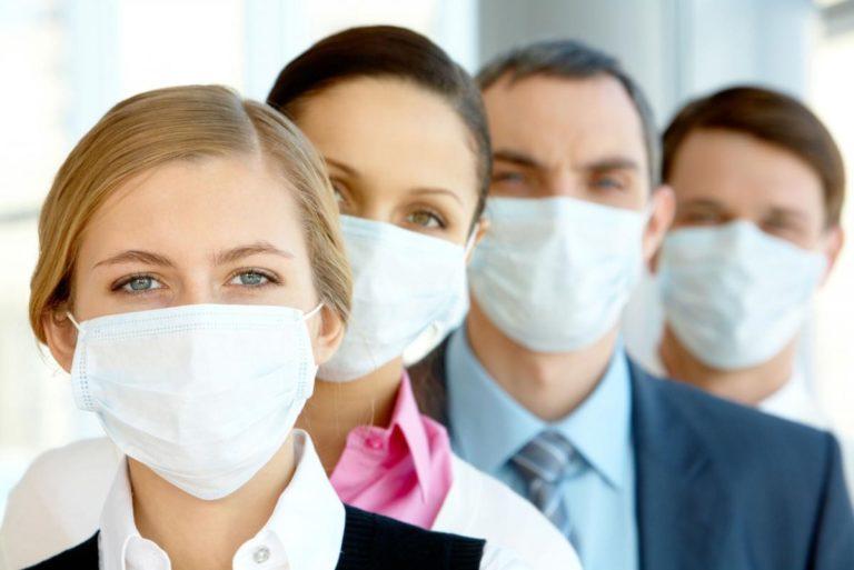 У МОЗ пояснили, чи потрібно буде використовувати маски після закінчення карантину
