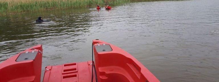 На дні озера у Польщі знайшли тіла двох молодих українців