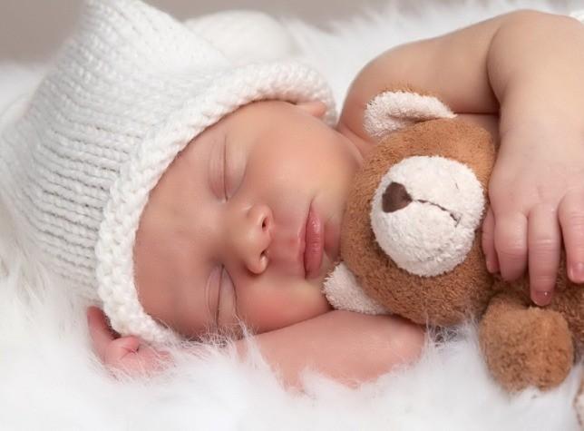 Українці на народження і перший рік дитини повинні витратити від 84 тисяч гривень – дослідження