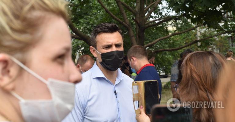 Тищенко приїхав на місце вибуху в житловому будинку в Києві з лимонами