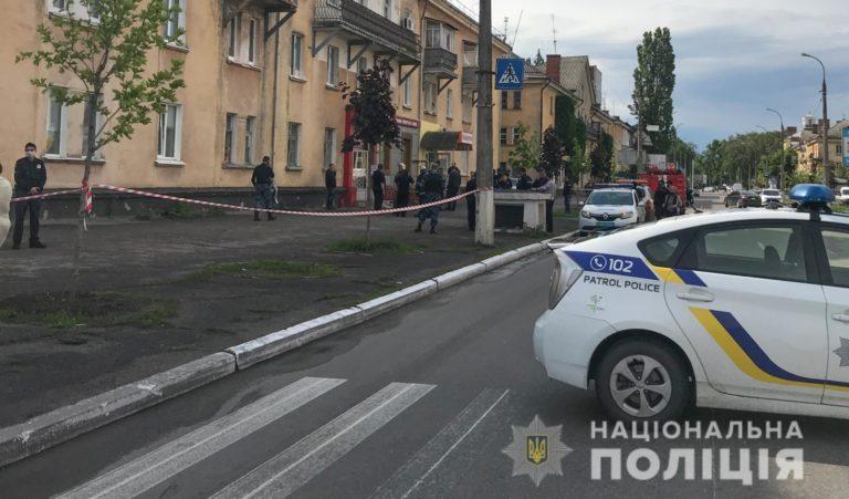 На Полтавщині чоловік облив бензином та підпалив колишню дружину в магазині, жінка загинула