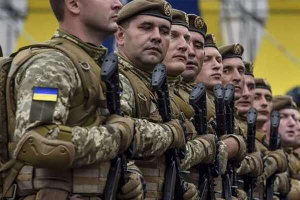 Українську армію чекають масові скорочення штатів бригади, полку, числа рот і взводів, – військовий історик