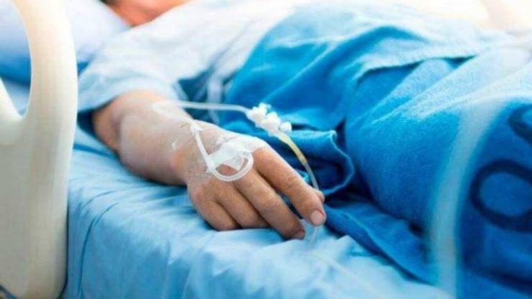 Недошили, стекла кров'ю просто на ліжку: 25-річна породіля померла після пологів (відео)