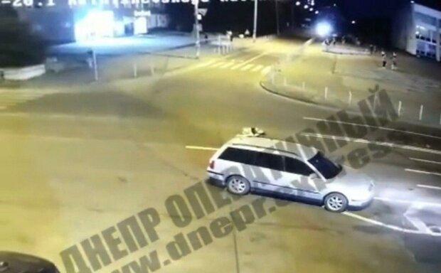 Допоможіть знайти шумахера, збив дівчину і залишив помирати на дорозі – розшукують по всій Україні
