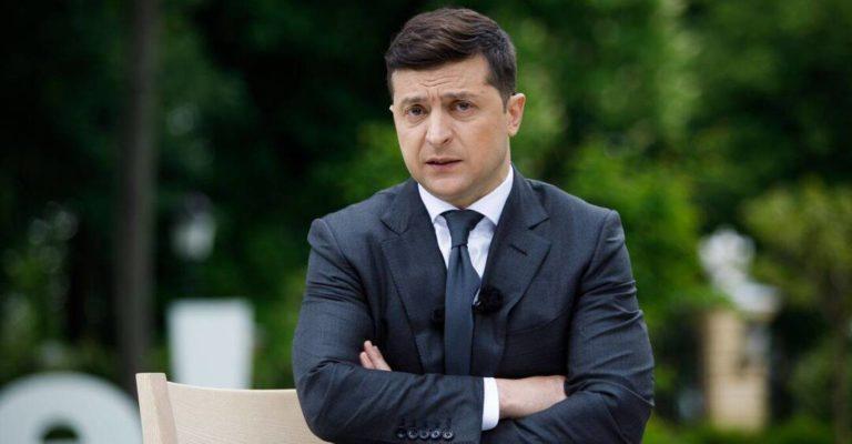 Від Зеленського вимагають піти після порушення закону. Петиції станом на 12 липня