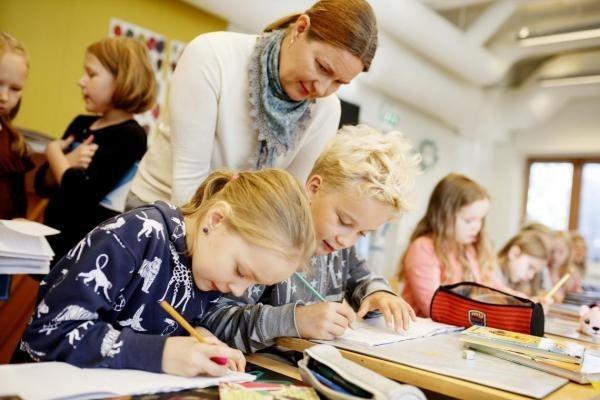 Стало відомо, яким буде навчання від осені в Україні