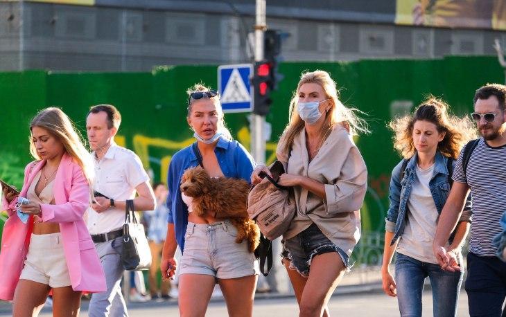 Коронавірус в Україні надовго: лікар закликала посилити контроль над карантином