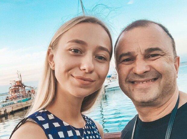 """Молода дівчина Віктора Павлика скасувала весілля з артистом: """"Все пізнається в порівнянні"""""""