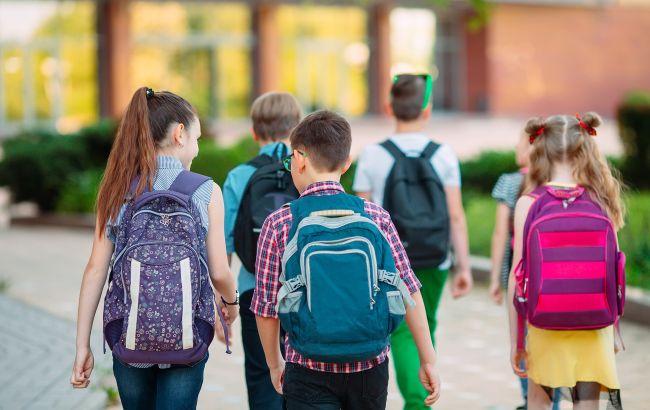 У школі під Києвом вчитель цинічно покарала учня: деталі скандалу