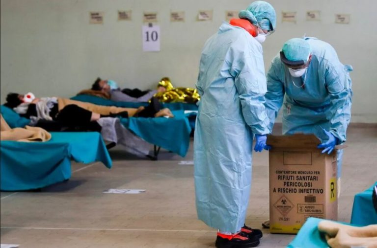 Вбиває за лічені години: медик назвав фатальне ускладнення COVID-19