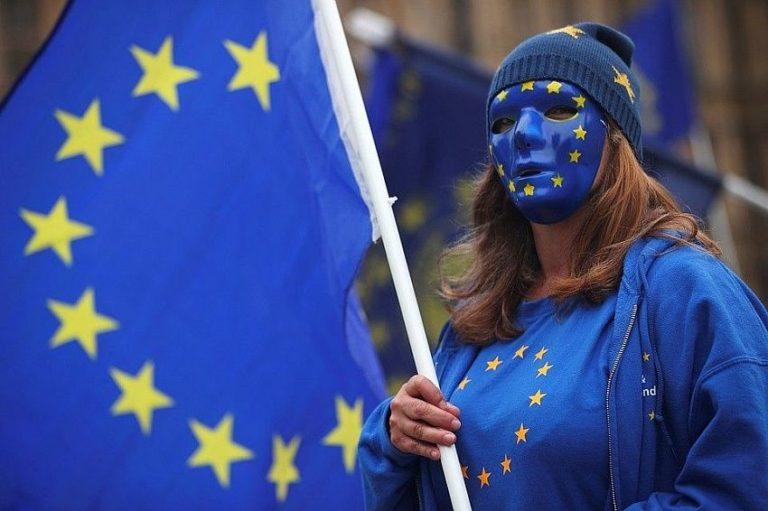 Ми не банкомат: Зеленському зробив попередження глава дипломатії ЄС