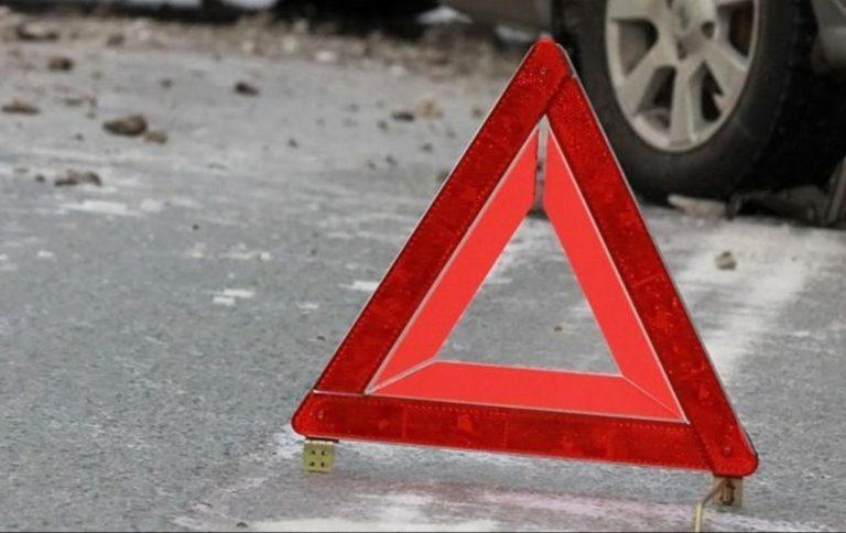 Автомобіль протягунув дитину кілька десятків метрів: школярка загинула трагічною смертю через власного брата