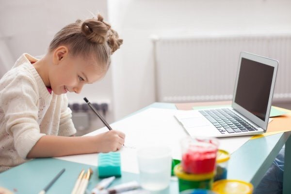 Міносвіти оновило правила дистанційного навчання у школах