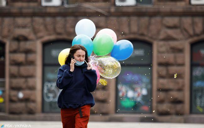 Лікар-інфекціоніст розповів, коли коронавірус покине Україну: є надія