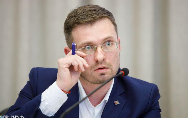 В Україні коронавірусом і грипом можуть заражатися 35 тис. людей за добу: прогноз на листопад