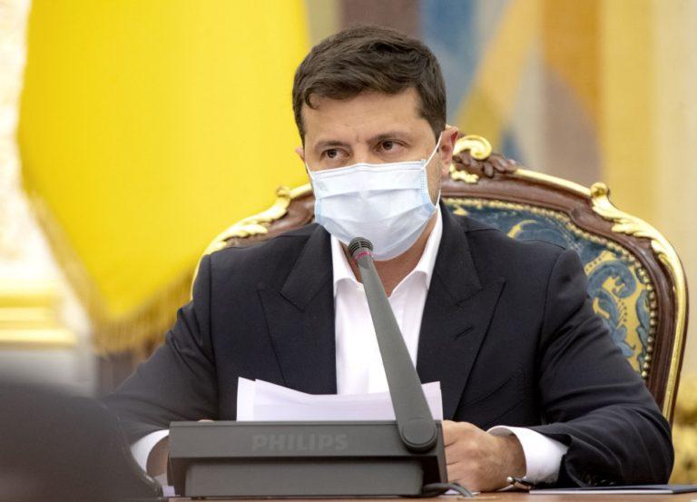 Система е-декларування в Україні буде працювати – Зеленський