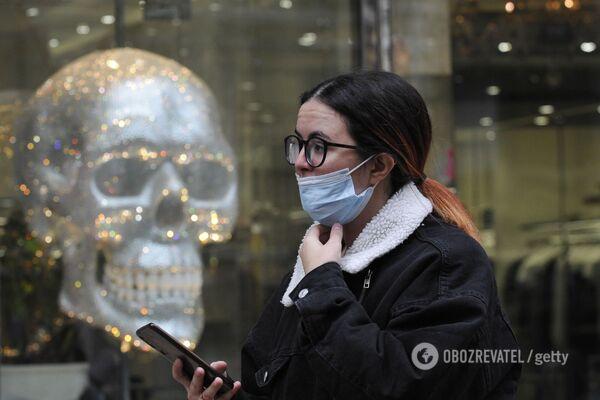 Українцям потрібно міняти стиль життя або готуватися до смерті від COVID-19, – ексміністр