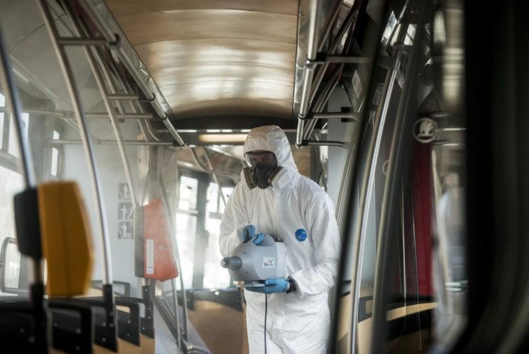 В Польщі заражена коронавірусом українка поїхала автобусом до Кракова