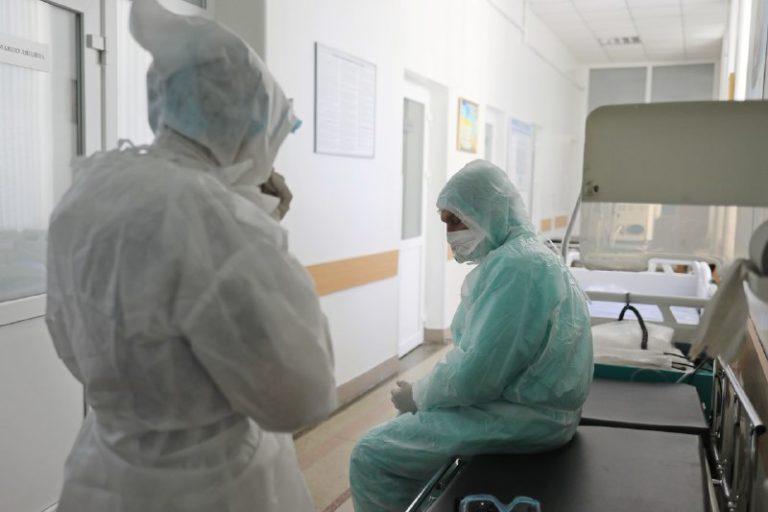 У лікарні де лікують хворих на COVID-19 відключили електроенергію: померли дві людини, які були підключені до ШВЛ