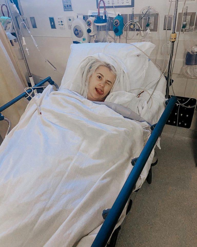 """""""Ніколи не зможу бути мамою"""": українська співачка поділилася фото з лікарняного ліжка та розповіла про рак"""