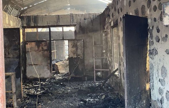 На Закарпатті згоріла ферма: живцем загинули 165 свиней