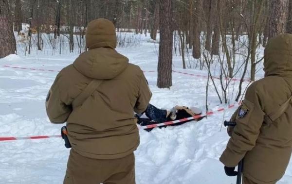 «Накачали наркотиками, пограбували й кинули вмирати»: моторошні деталі загибелі дівчини в Києві