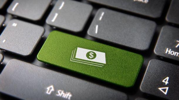 Українці переходять на електронні гроші: деталі