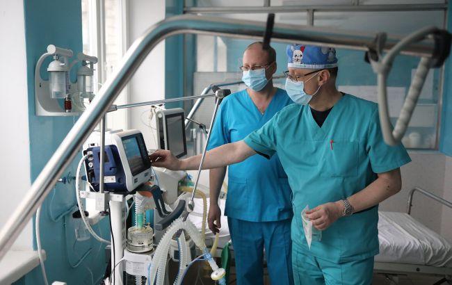 Львів розгортає два тимчасових госпіталі для COVID-хворих